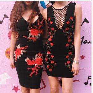 LF STORE ANGEL BIBA BLACK FLOWER APPLIQUE DRESS